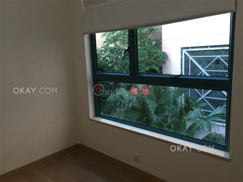 Lovely house with rooftop, balcony | Rental | Phase 1 Regalia Bay 富豪海灣1期 Rental Listings
