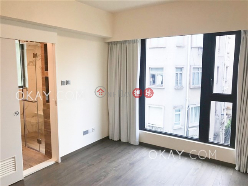 HK$ 59,500/ month | C.C. Lodge | Wan Chai District Luxurious 3 bedroom with parking | Rental