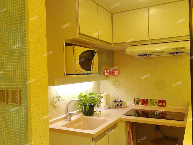 Property Search Hong Kong | OneDay | Residential, Sales Listings Tonnochy Towers | 3 bedroom Mid Floor Flat for Sale