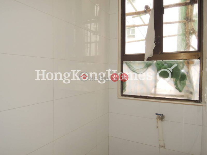 3 Bedroom Family Unit for Rent at Happy Mansion | Happy Mansion 快活大廈 Rental Listings