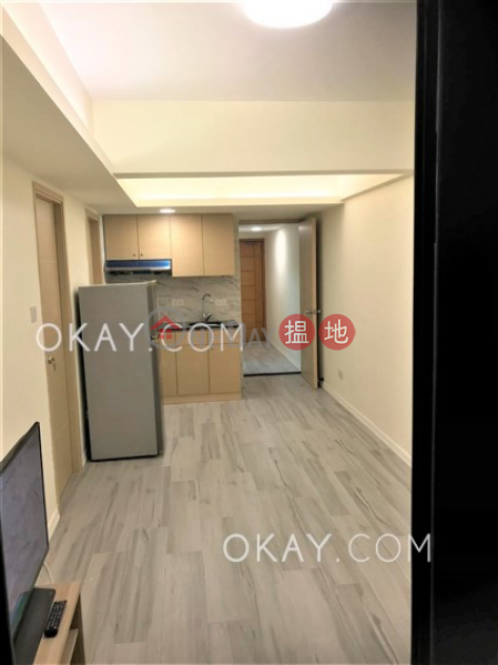 Gorgeous 2 bedroom with terrace | For Sale | Johnston Court 莊士頓大樓 Sales Listings