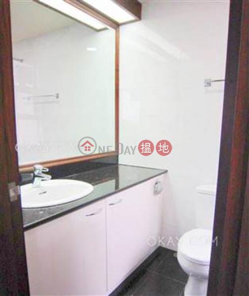 3房2廁,實用率高,連車位,露台《安碧苑出租單位》 安碧苑(Amber Garden)出租樓盤 (OKAY-R84689)