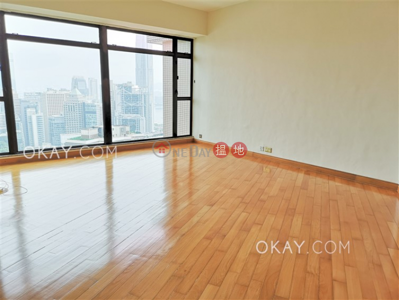 Lovely 3 bedroom in Mid-levels Central | Rental | Fairlane Tower 寶雲山莊 Rental Listings