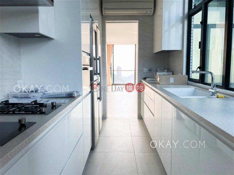 Lovely 2 bedroom with balcony & parking | Rental | Tower 3 37 Repulse Bay Road 淺水灣道 37 號 3座 Rental Listings