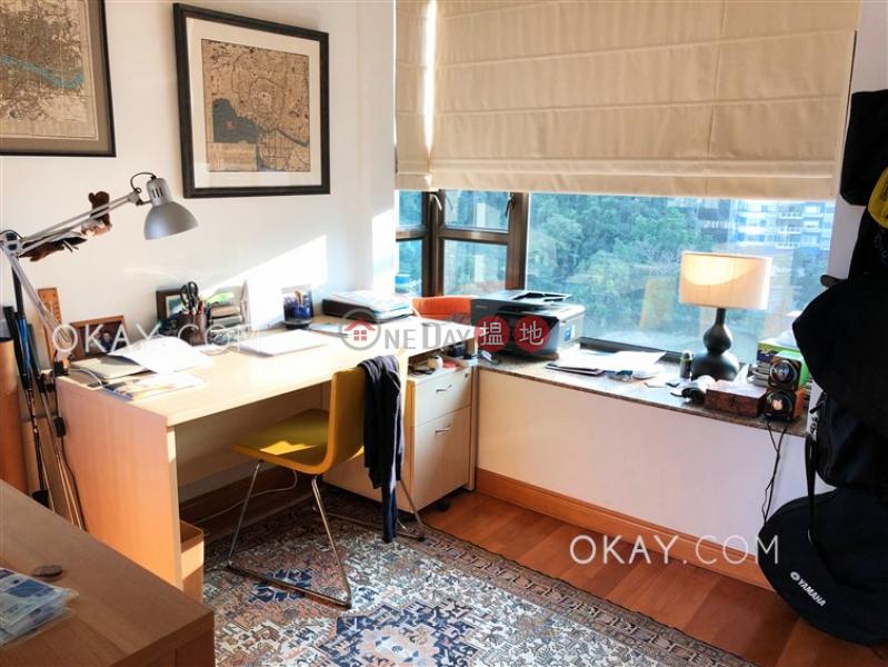 HK$ 125,000/ 月寶雲山莊-中區4房3廁,極高層,星級會所,可養寵物《寶雲山莊出租單位》