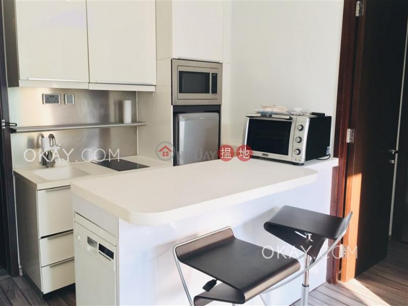 1房1廁,極高層,可養寵物,露台《嘉薈軒出租單位》|嘉薈軒(J Residence)出租樓盤 (OKAY-R85951)