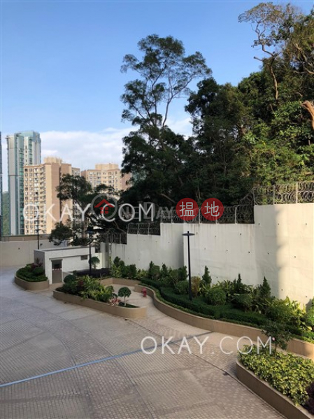 HK$ 25.2M | Flora Garden Block 3 Wan Chai District Elegant 3 bedroom with balcony & parking | For Sale
