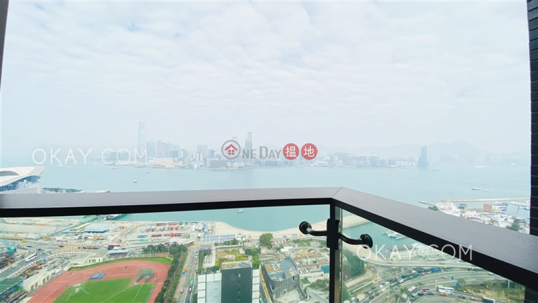 Tasteful 2 bed on high floor with harbour views | Rental 212 Gloucester Road | Wan Chai District, Hong Kong, Rental HK$ 48,000/ month