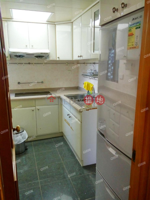 Nan Fung Plaza Tower 2 | 3 bedroom Low Floor Flat for Sale|Nan Fung Plaza Tower 2(Nan Fung Plaza Tower 2)Sales Listings (QFANG-S84093)_0
