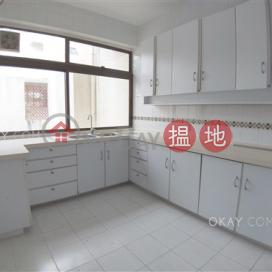 Efficient 4 bedroom with parking | Rental