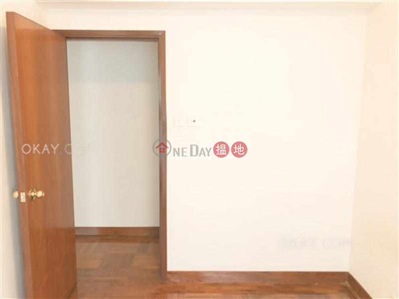 HK$ 31,000/ month The Grand Panorama Western District, Charming 3 bedroom in Mid-levels West | Rental