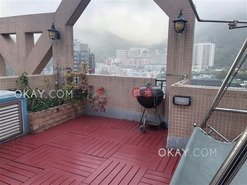 Property Search Hong Kong | OneDay | Residential | Rental Listings Charming 2 bedroom on high floor with rooftop & parking | Rental