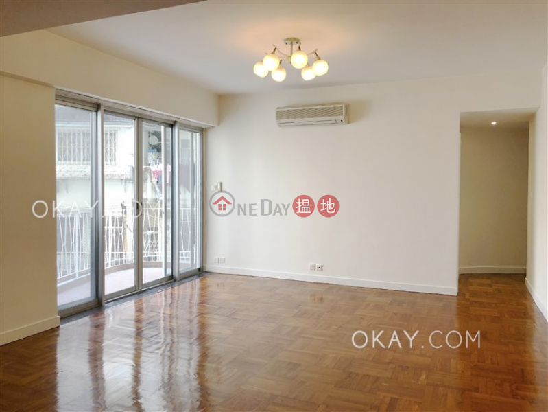 HK$ 20M | BEACON HILL COURT, Kowloon City | Nicely kept 3 bedroom with balcony & parking | For Sale