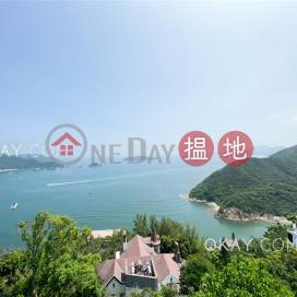 Stylish house with sea views, rooftop & balcony | Rental