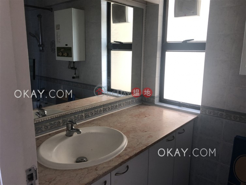 HK$ 27,000/ month, Discovery Bay, Phase 4 Peninsula Vl Capeland, Jovial Court | Lantau Island Charming 3 bedroom on high floor with sea views | Rental