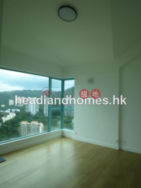 Property Search Hong Kong | OneDay | Residential | Sales Listings | Discovery Bay, Phase 12 Siena Two, Peaceful Mansion (Block H5) | 3 Bedroom Family Unit / Flat / Apartment for Sale