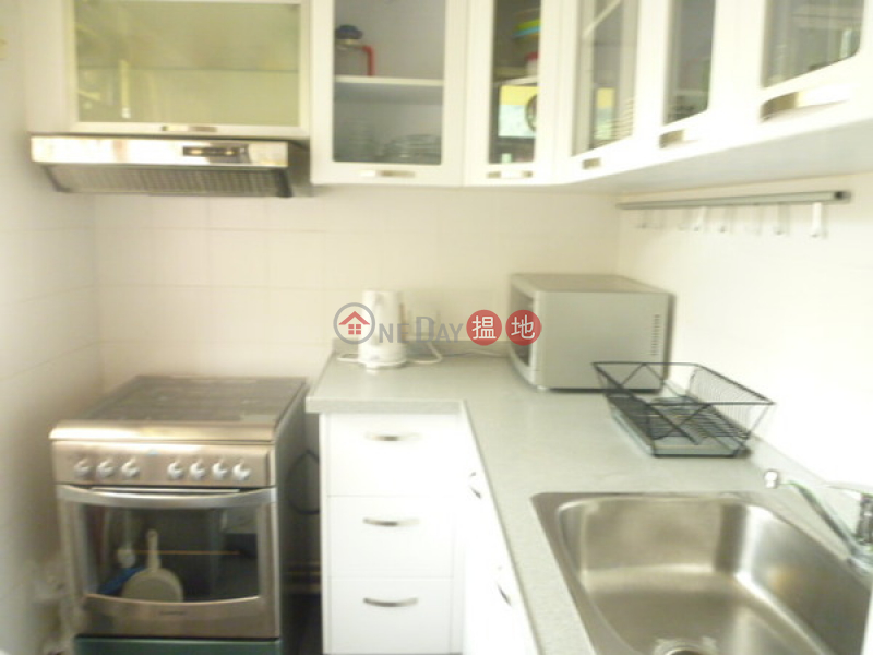 HK$ 22,000/ month, Discovery Bay, Phase 3 Hillgrove Village, Elegance Court Lantau Island Discovery Bay, Phase 3 Hillgrove Village, Elegance Court | 2 Bedroom Unit / Flat / Apartment for Rent