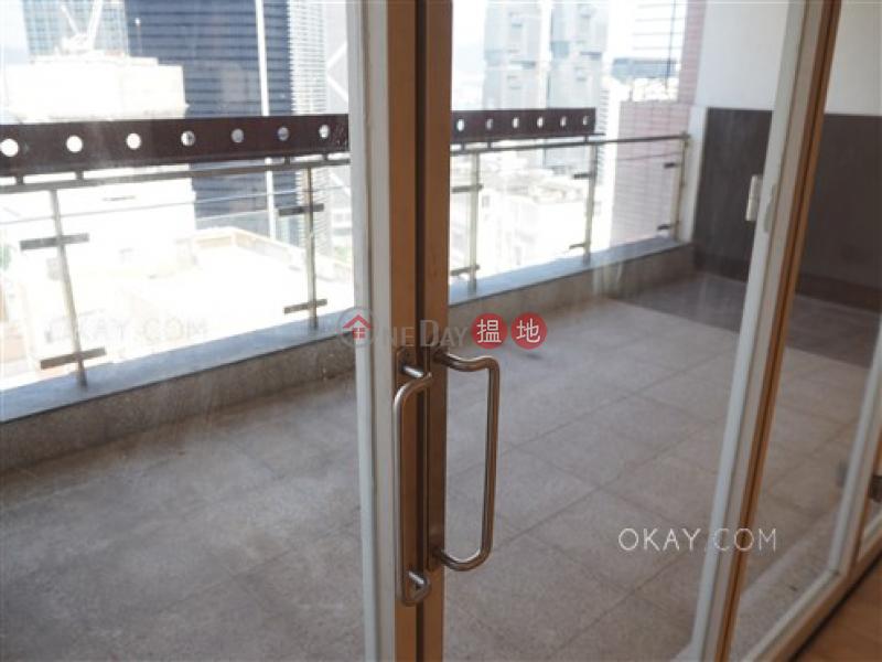 HK$ 82,000/ 月龍景樓中區3房2廁,實用率高,連租約發售,連車位龍景樓出租單位