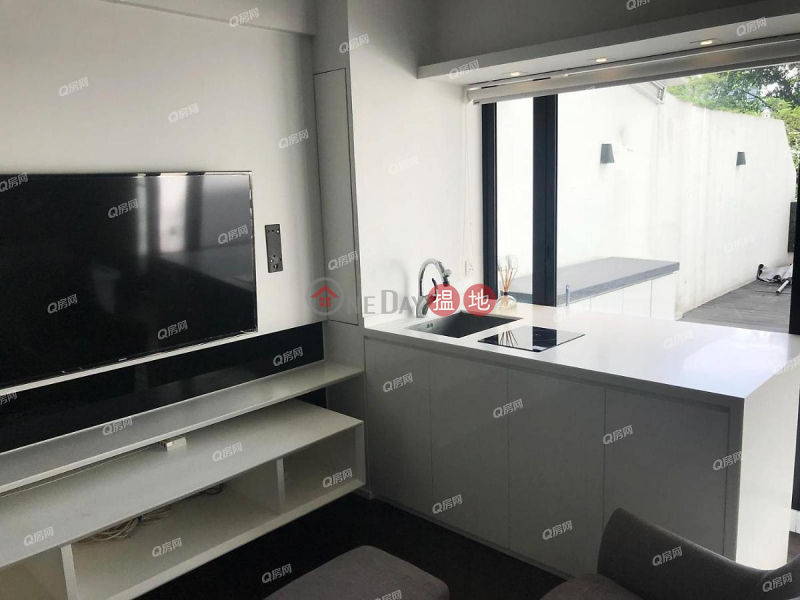 Unique Tower | 1 bedroom Low Floor Flat for Rent 7-9 Wong Nai Chung Road | Wan Chai District | Hong Kong, Rental | HK$ 28,000/ month