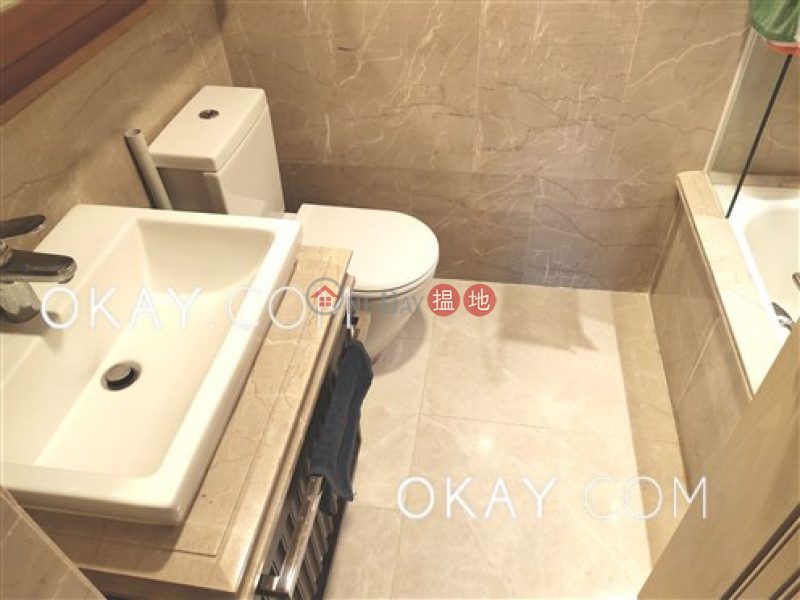 HK$ 13M, Mount East | Eastern District, Charming 2 bedroom with balcony | For Sale