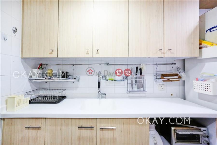 HK$ 65,000/ month Mandarin Villa, Wan Chai District Luxurious 3 bedroom with balcony & parking | Rental