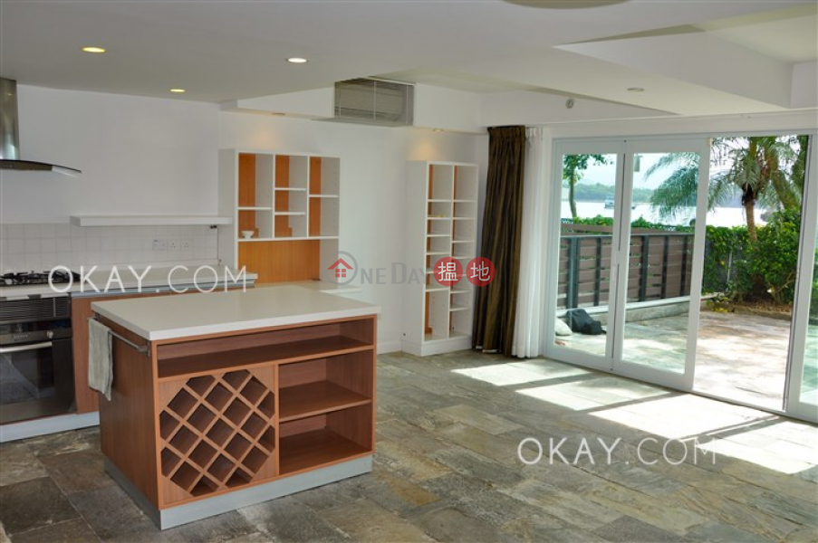 Popular house with sea views & parking | Rental | Lake Court 泰湖閣 Rental Listings