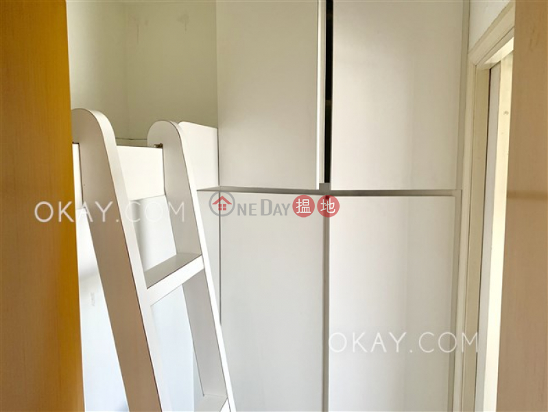 HK$ 50,000/ month The Waterfront Phase 1 Tower 3 Yau Tsim Mong, Lovely 3 bedroom in Kowloon Station | Rental
