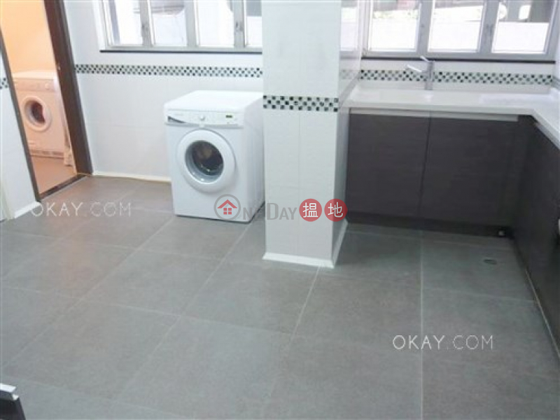 HK$ 68,000/ month | 1a Robinson Road Central District | Unique 3 bedroom in Mid-levels Central | Rental