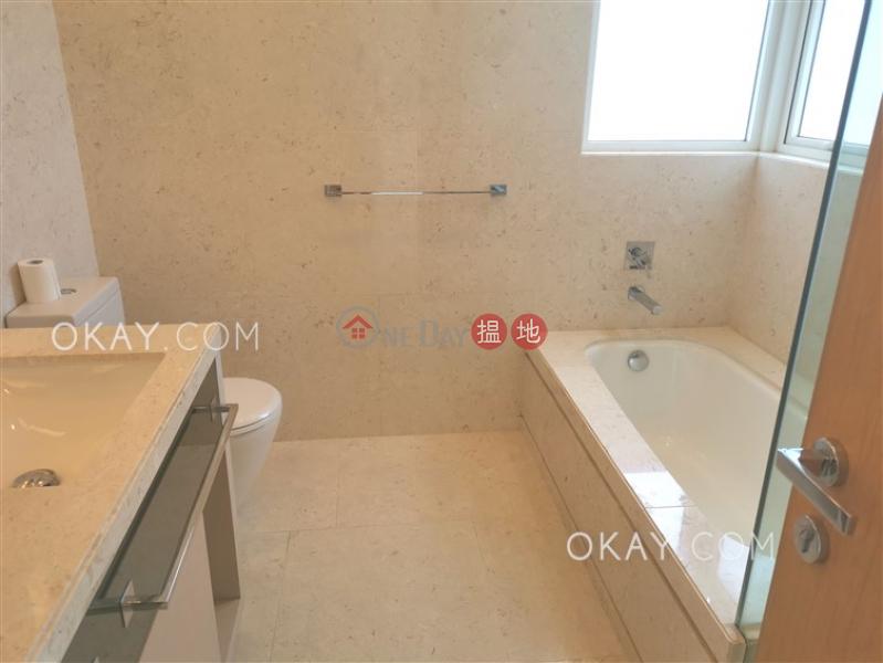 Charming 4 bedroom with balcony & parking | Rental | Avignon Tower 6 星堤6座 Rental Listings