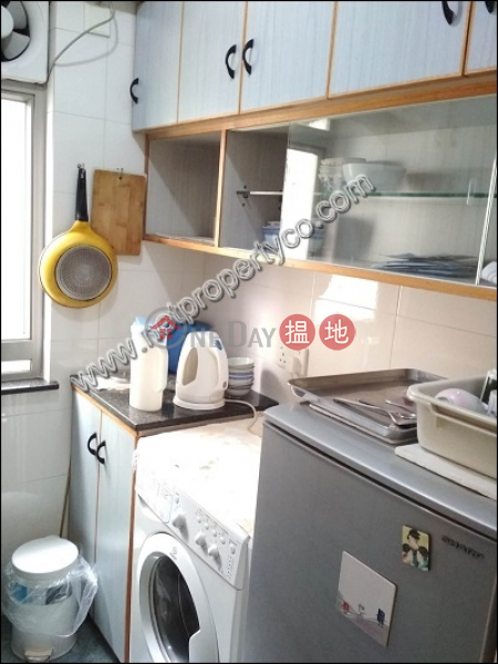 Furnished apartment for rent in Sai Ying Pun | Yue Sun Mansion Block 1 裕新大廈 1座 Rental Listings