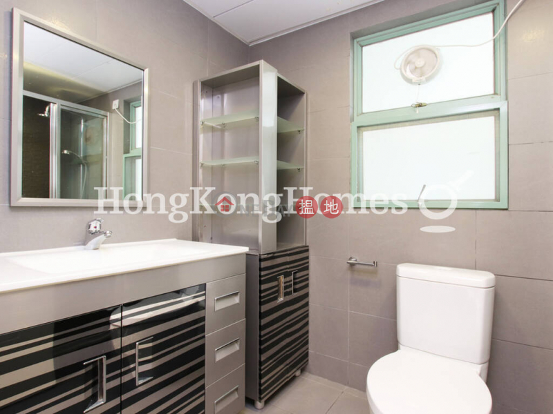 HK$ 33,000/ month Goldwin Heights   Western District   3 Bedroom Family Unit for Rent at Goldwin Heights