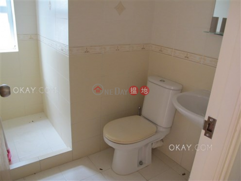HK$ 35,000/ month, Sheung Yeung Village House | Sai Kung Elegant house with balcony & parking | Rental