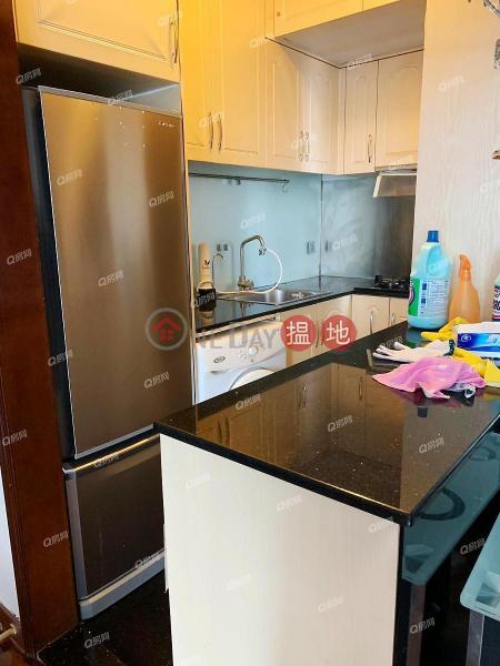 上車首選,品味裝修,地鐵上蓋東港城 2座租盤8重華路   西貢香港-出租-HK$ 19,800/ 月