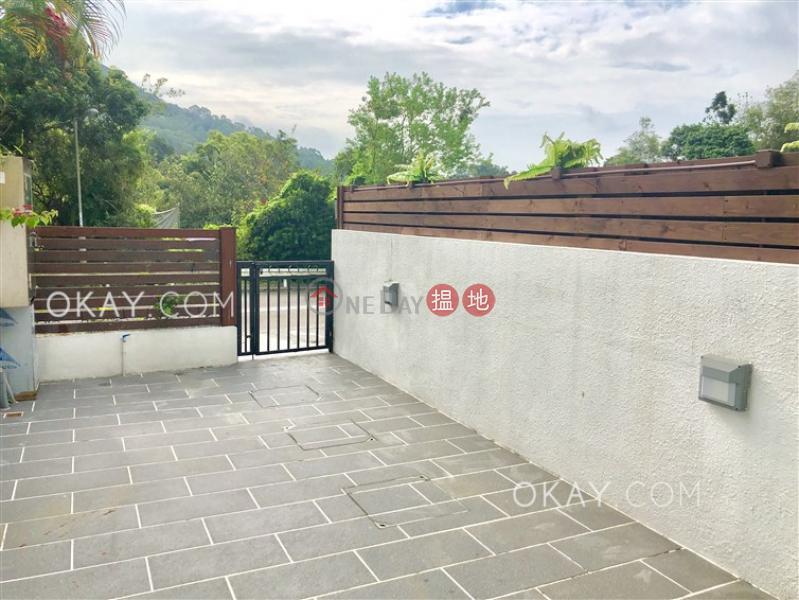 2房2廁,連車位,露台,獨立屋《沙田屈臣氏中心出租單位》1-5禾寮坑路 | 沙田-香港-出租HK$ 32,000/ 月