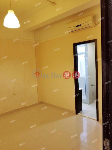 HK$ 42,000/ month, 16-18 Tai Hang Road | Wan Chai District, 16-18 Tai Hang Road | 3 bedroom Mid Floor Flat for Rent