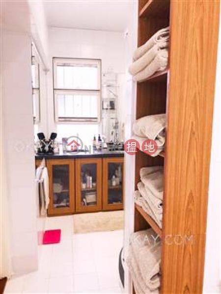 4房2廁,實用率高,連車位,露台蔚山花園出租單位|48麥當勞道 | 中區香港出租|HK$ 85,000/ 月
