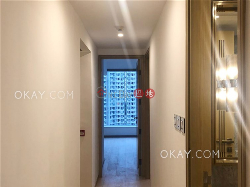 Unique 3 bedroom on high floor with balcony | Rental | Harbour Glory Tower 5 維港頌5座 Rental Listings