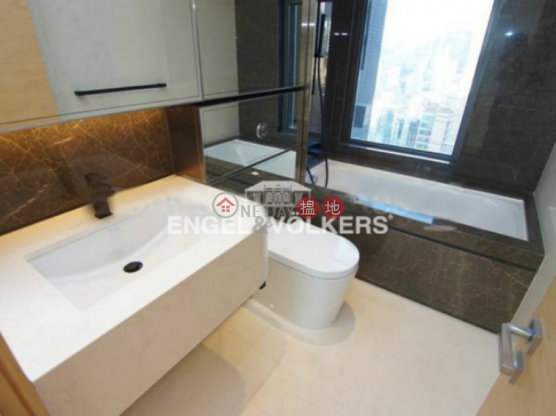 3 Bedroom Family Flat for Sale in Mid Levels West | Arezzo 瀚然 Sales Listings