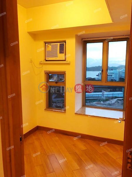 HK$ 28,000/ month, Tower 6 Harbour Green | Yau Tsim Mong, Tower 6 Harbour Green | 3 bedroom Flat for Rent