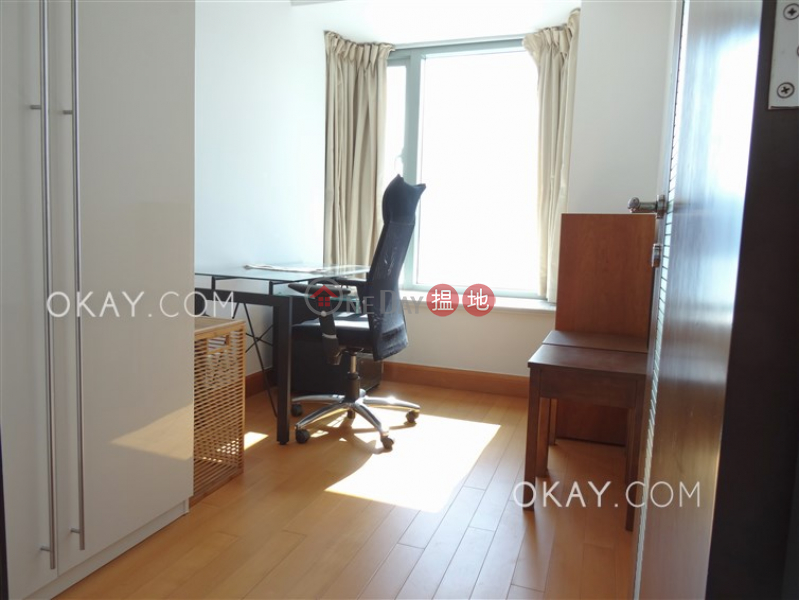Property Search Hong Kong | OneDay | Residential Sales Listings, Rare 2 bedroom in Kowloon Station | For Sale