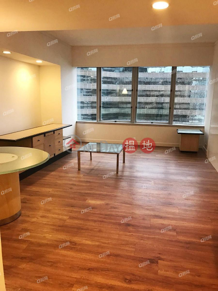 HK$ 63,000/ month, Convention Plaza Apartments, Wan Chai District, Convention Plaza Apartments | 2 bedroom Mid Floor Flat for Rent