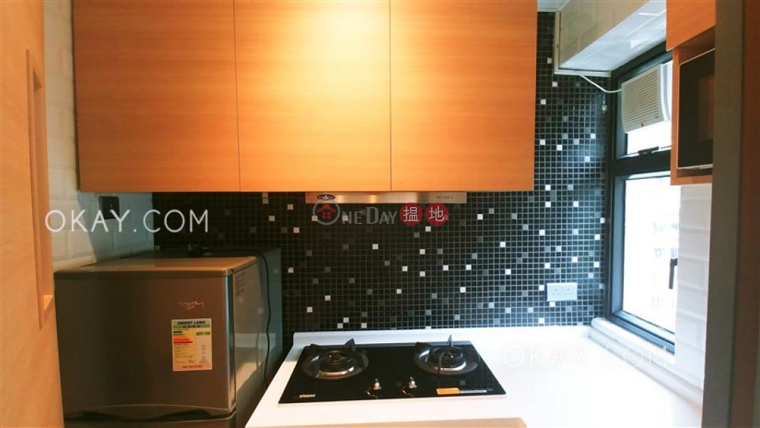 Practical 2 bedroom on high floor | Rental 71-77 Hill Road | Western District | Hong Kong Rental | HK$ 26,900/ month