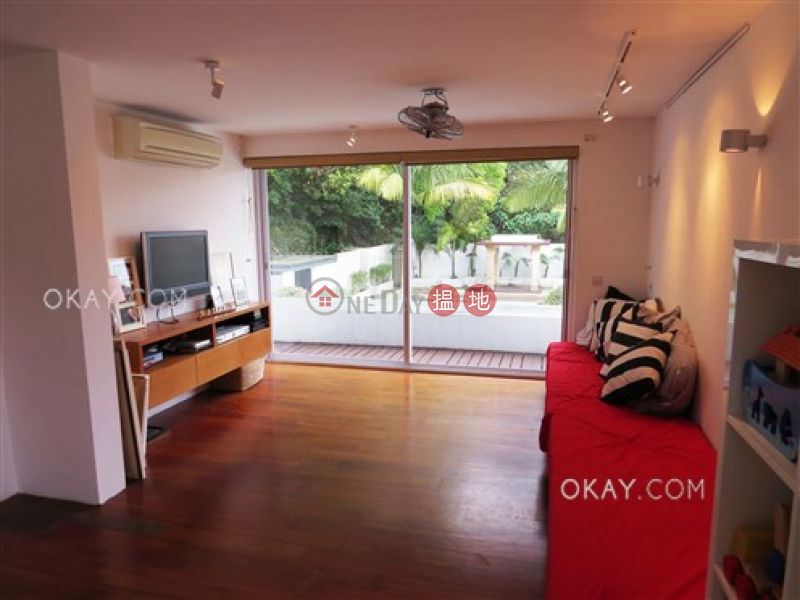 Unique house with rooftop, terrace & balcony   For Sale   Tams Wan Yeung Building 譚氏宏陽大廈 Sales Listings