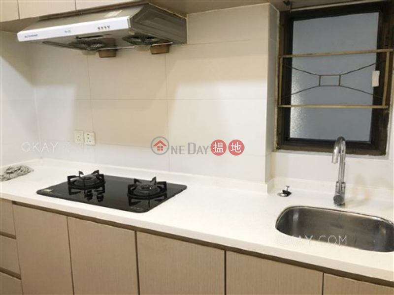 Tasteful 3 bedroom with balcony | Rental, Paterson Building 百德大廈 Rental Listings | Wan Chai District (OKAY-R305315)