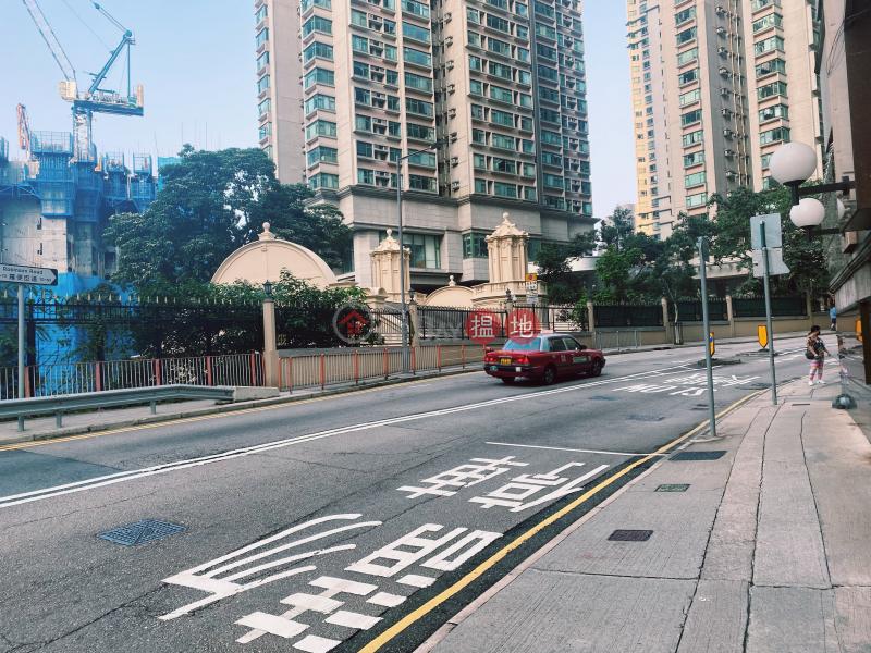 殷樺花園-地下車位|出租樓盤|HK$ 3,800/ 月