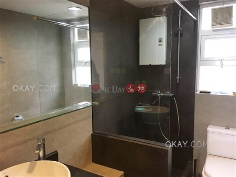 2房2廁,實用率高,極高層,可養寵物《華庭閣出租單位》-49干德道   西區香港出租HK$ 36,000/ 月