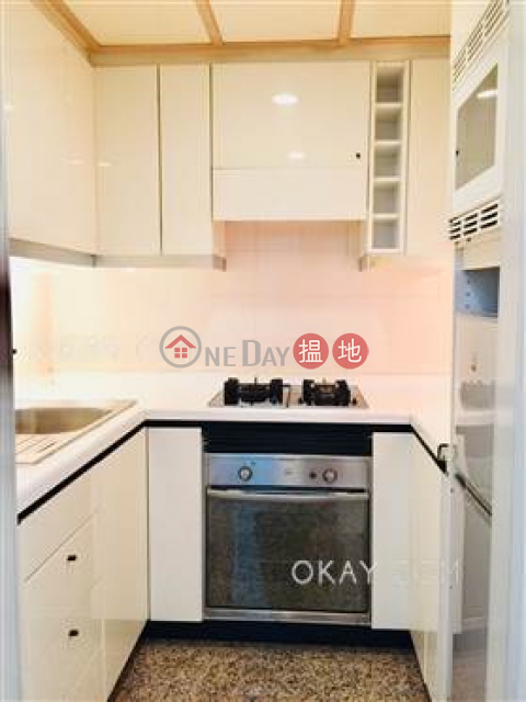 Exquisite 2 bedroom on high floor with sea views | Rental|Convention Plaza Apartments(Convention Plaza Apartments)Rental Listings (OKAY-R32757)_0