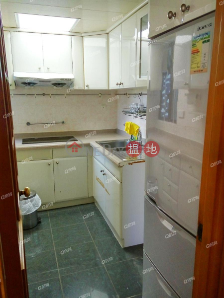Nan Fung Plaza Tower 2 | 3 bedroom Low Floor Flat for Sale | Nan Fung Plaza Tower 2 南豐廣場 2座 Sales Listings