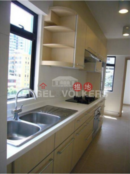 3 Bedroom Family Flat for Rent in Mid Levels West, 82 Robinson Road | Western District, Hong Kong, Rental, HK$ 75,000/ month