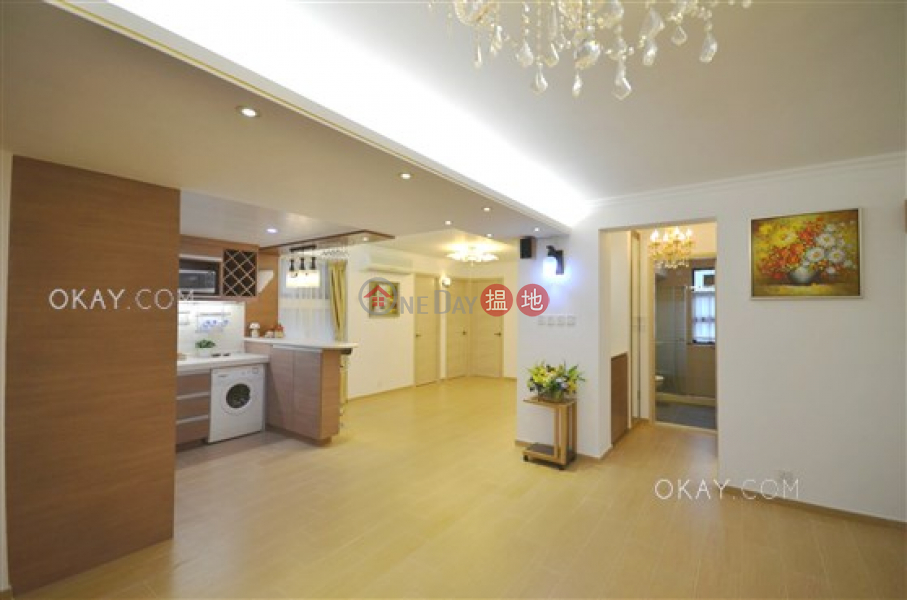 Gorgeous 4 bedroom with sea views & balcony | For Sale, 11 Discovery Bay Road | Lantau Island Hong Kong Sales | HK$ 10.5M
